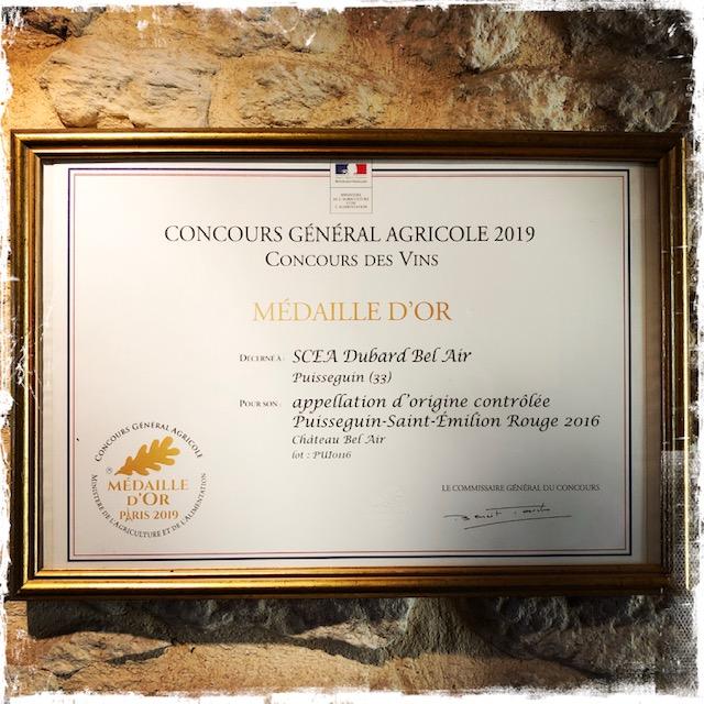 prix medaille d'or pour vin rouge